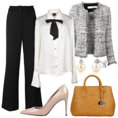 Outfit Camicia bianca con fiocco