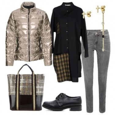 Outfit Super trendy in oro metallizzato