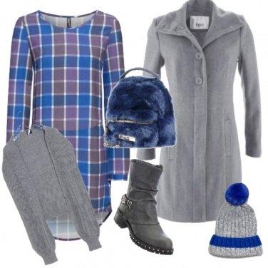 Outfit Vestito a quadri blu e grigio