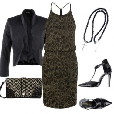 Outfit L'animalier in verde militare