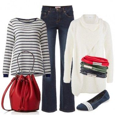 Outfit Il secchiello rosso