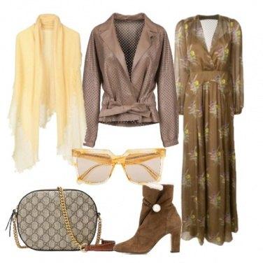 e542c51dcea5 Vestito lungo e giacca in pelle  outfit donna Trendy per tutti i ...