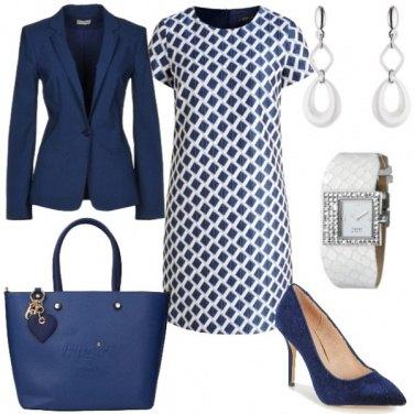 Outfit Tubino per l\'ufficio