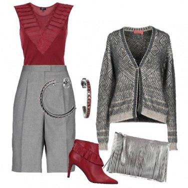 Outfit Stivaletto rosso con ruches