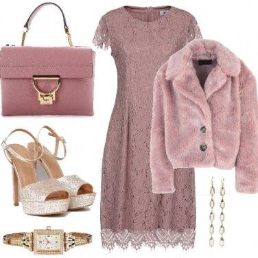 Outfit Il pellicciotto rosa