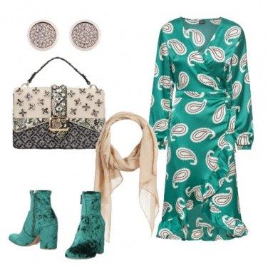 Outfit Il vestito a portafoglio con volant