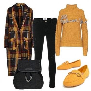 Outfit I mocassini e il cappotto lungo
