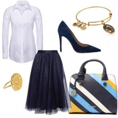 Outfit White blue and gold