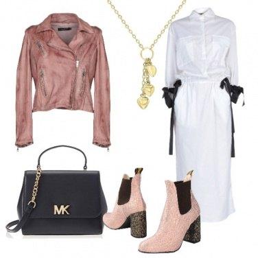 Outfit Vestito bianco con fiocchi