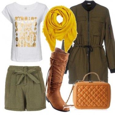 Outfit Shorts verdi