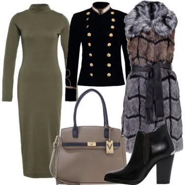 Outfit Militare e gilet di pelliccia