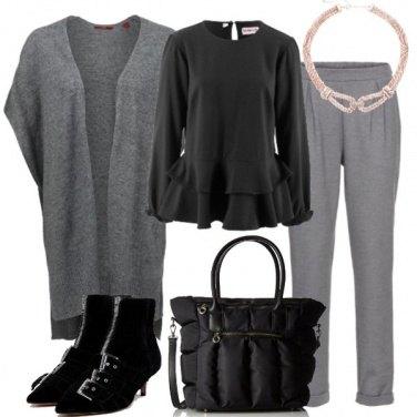 Outfit Stivaletto dettaglio fibbia