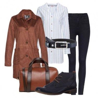 Outfit Mix di blu e marrone