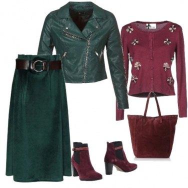 Outfit Trendy con la gonna longuette in velluto