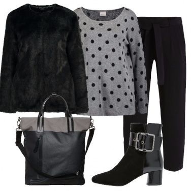 Outfit Grigio a pois
