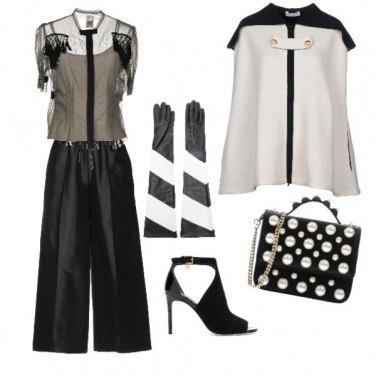 Outfit I guanti lunghi bicolore