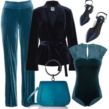 Outfit Sensuale velluto blu