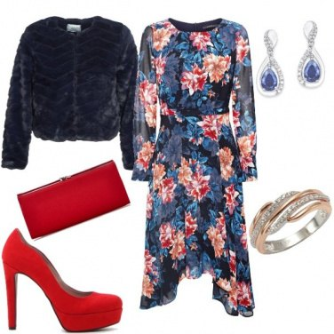 Outfit Pelliccia eco e abito fantasia