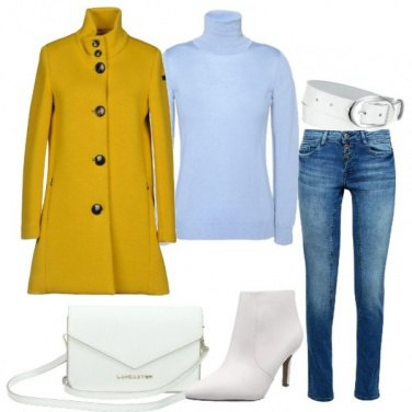 Outfit Stivaletto e borsa rigorosamente white