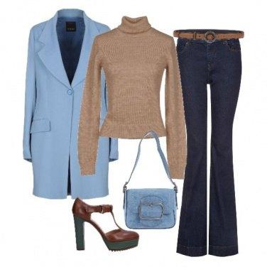 Outfit Beige e cielo