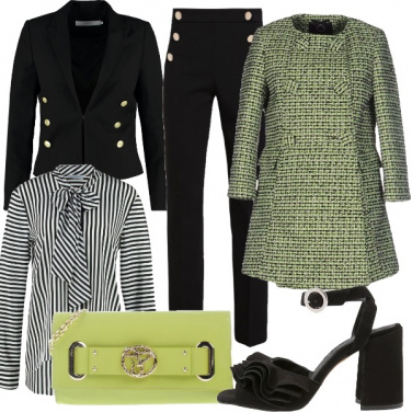 Outfit Capi moda a sei bottoni