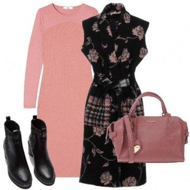 Outfit tubino con smanicato