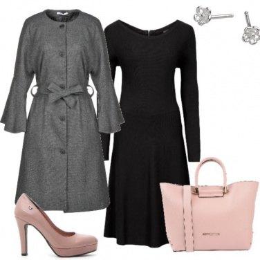Outfit L'immancabile rosa