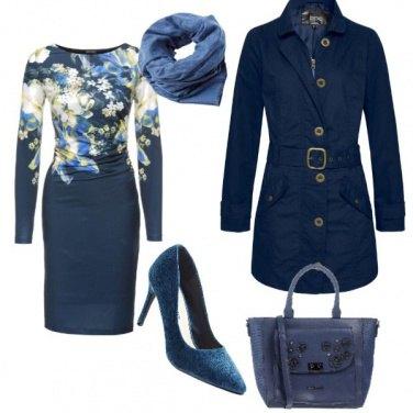 Outfit Pomeriggio blu low-cost