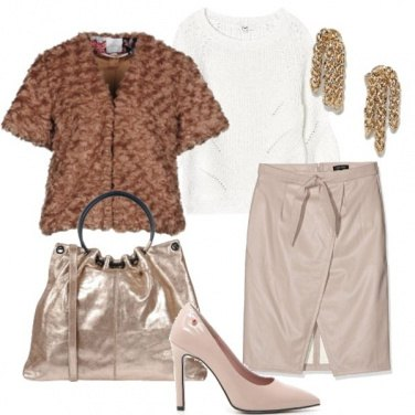 Outfit Oro e nude