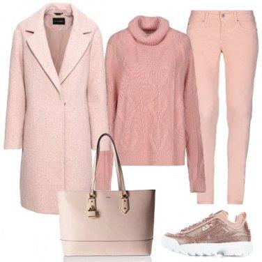 Outfit Toni del rosa polvere