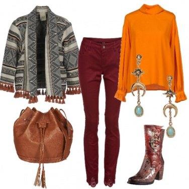 Outfit Folk con colori caldi