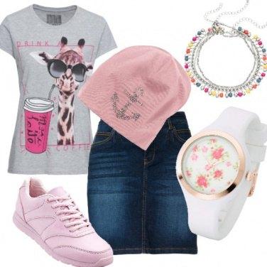 Outfit T shirt frizzante/divertente