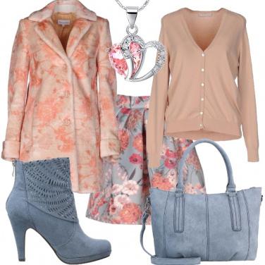 Outfit Un\'eccentrica romantica