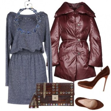 Outfit Clutch con applicazioni multicolor