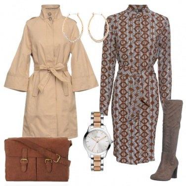 Outfit Chemisier in fantasia e soprabito