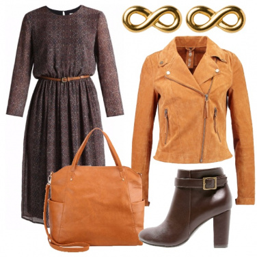 Outfit Vestito e chiodo