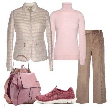 Outfit Sabbia e rosa