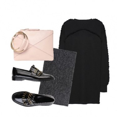 Outfit Frange e borchie dorate