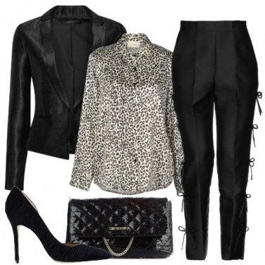 Outfit Tailleur e tacchi