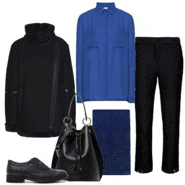 Outfit Maschile con il blu elettrico