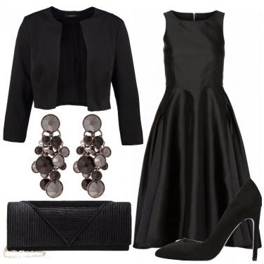 Outfit La classe dell\'abito nero