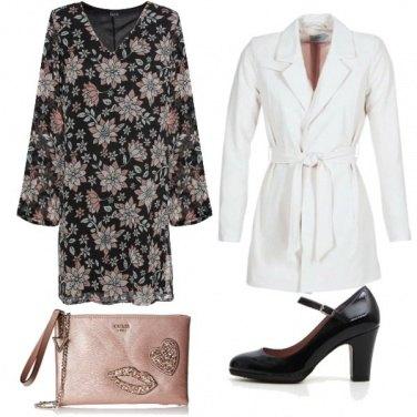 Outfit Bonton col soprabito bianco