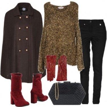 Outfit Il maglioncino oro e il caban