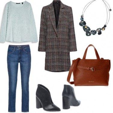 Outfit Basic, accessorio colorato