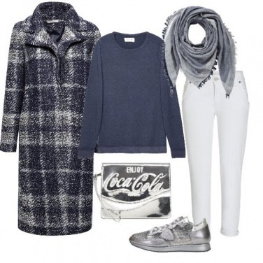 Outfit Doppia B.. Bianco e Blu