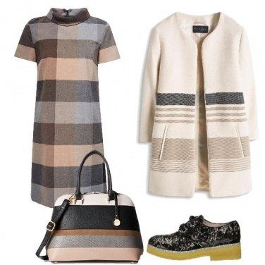 Outfit Righe, quadri e scarpe di pizzo