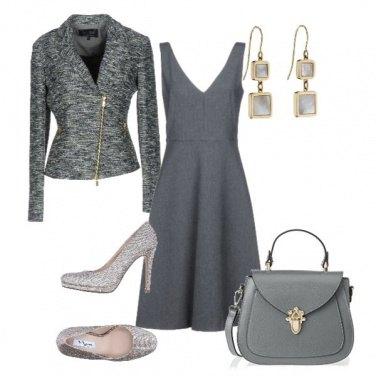 Outfit L\'ufficio non è grigio