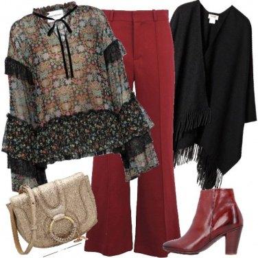 Outfit Blusa in voile e pantaloni sfumati