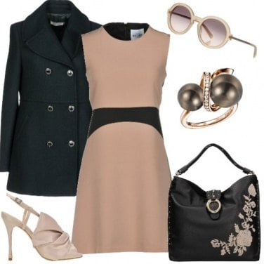 Outfit Black & nude