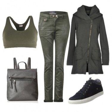 Outfit Felpa con zip